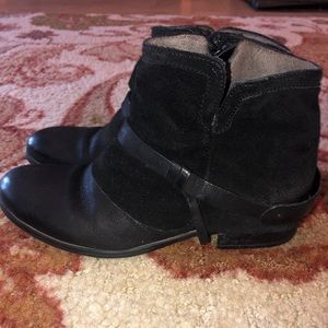 Miz Mooz Women's Seymour Boot. Excellent condition
